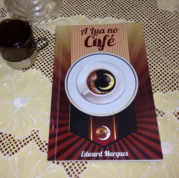a-lua-e-o-cafe